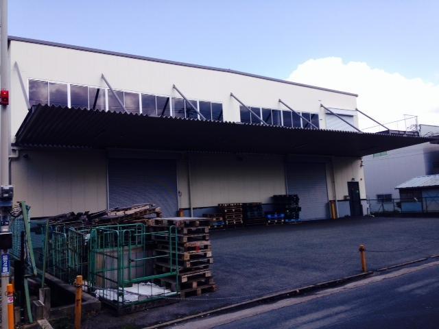 東大阪市吉原の倉庫